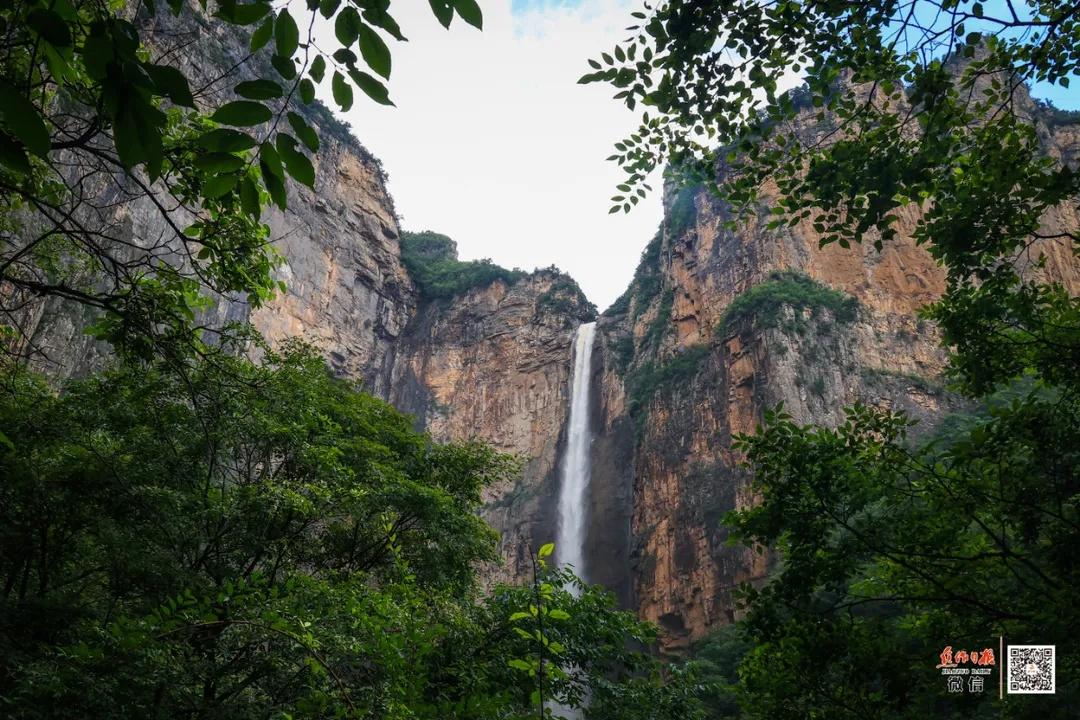 太壮观了!亚洲第一高瀑——314米的云台天瀑再现雄姿