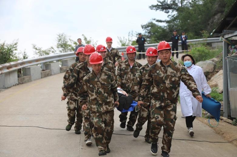 河南省举办客运索道应急救援演练