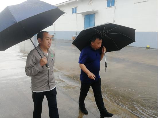 濮阳:在风雨中检验作风