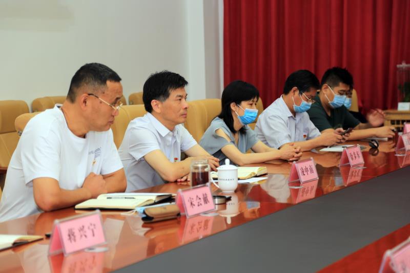 """省农机中心召开退役军人""""八一""""座谈会"""