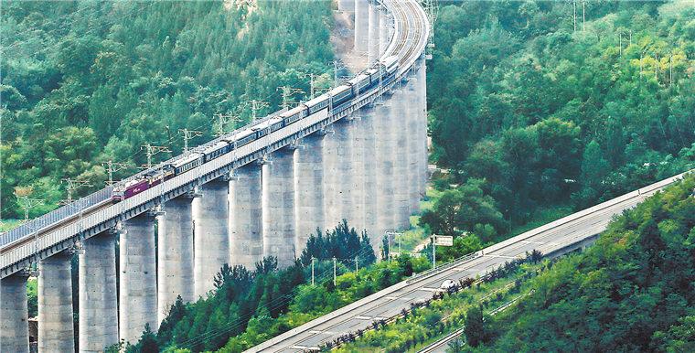 浩吉铁路河南段试车