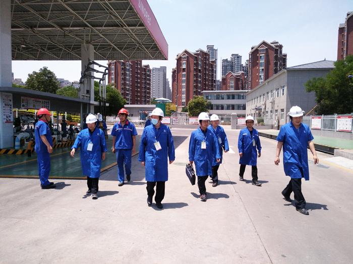 郑州市全力推进危险化学品重大危险源 专项督导检查工作