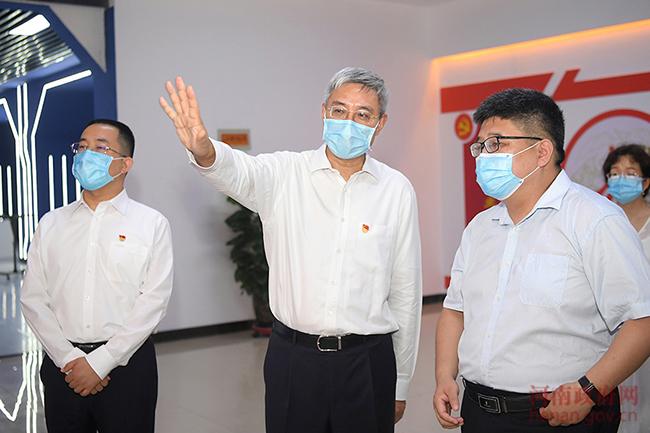 尹弘在鹤壁调研非公有制企业党建工作时强调 以党建促进非公有制经济创新发展