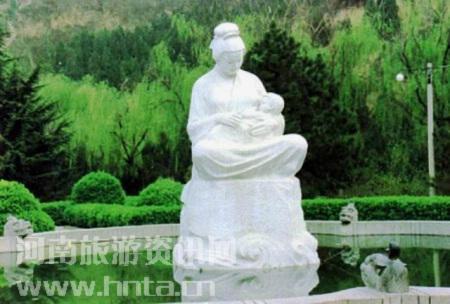 黄河风景名胜区 哺育雕像