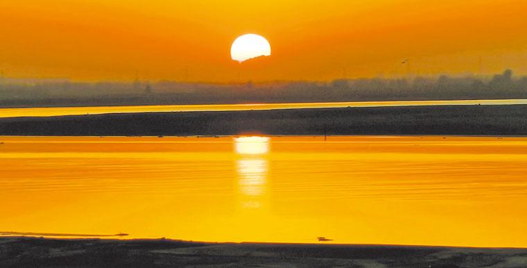 水天一色 大美黄河