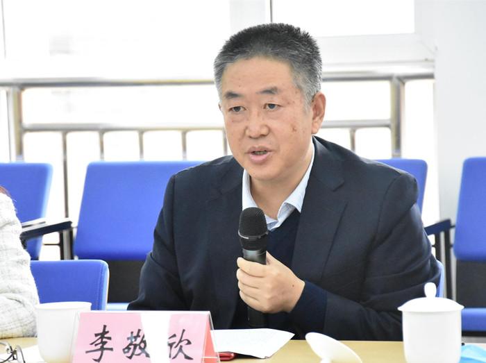 河南省23名政务服务社会监督员持证上岗