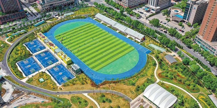 郑州市郑东新区市民体育公园二期建设接近尾声