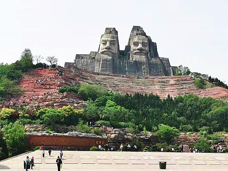河南郑州黄河文化公园迎来客流小高峰 园区多项惠民举措助力游客游玩