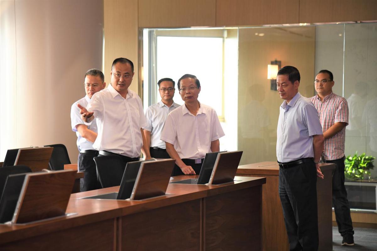省地方金融监管局副局长张云定到中原金融资产交易中心调研