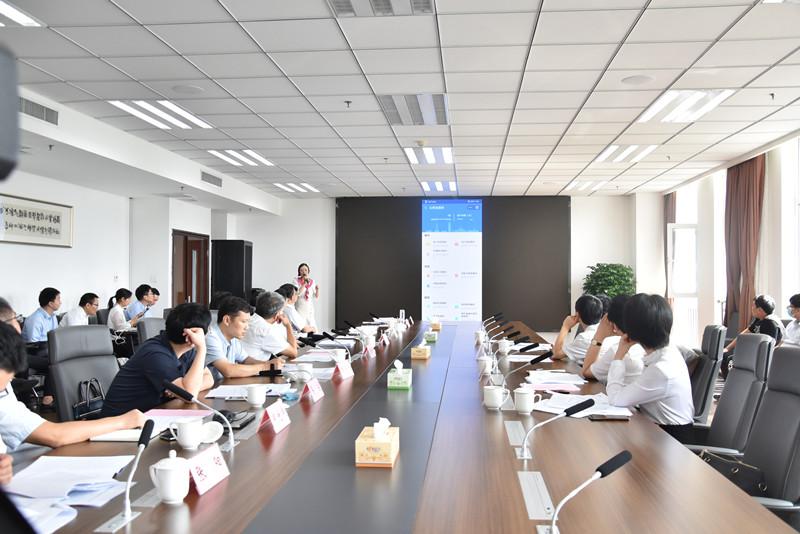 省人大常委会副主任、信阳市委书记乔新江到省大数据管理局调研