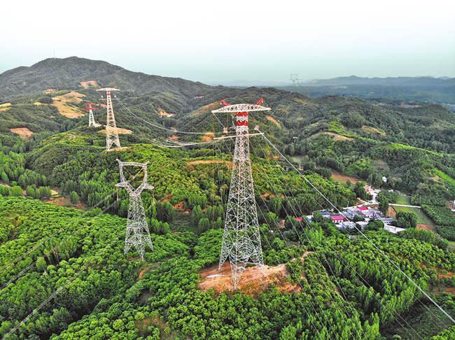 陕湖直流工程(河南段)全线贯通 将缓解华中地区中长期电力供需矛盾