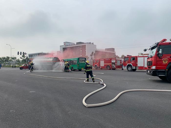 孟州市开展危险化学品道路运输事故跨区域应急演练