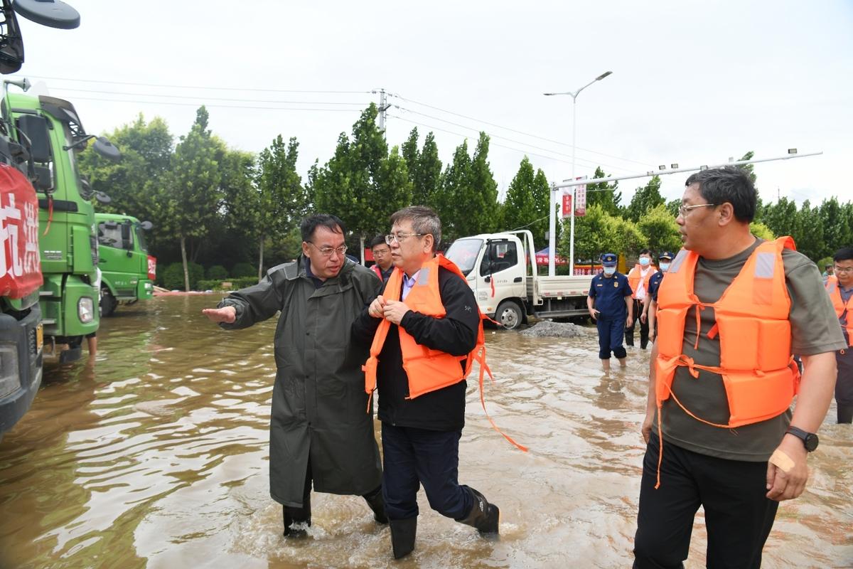 快讯!王凯再次到浚县现场指导抗洪抢险救灾工作