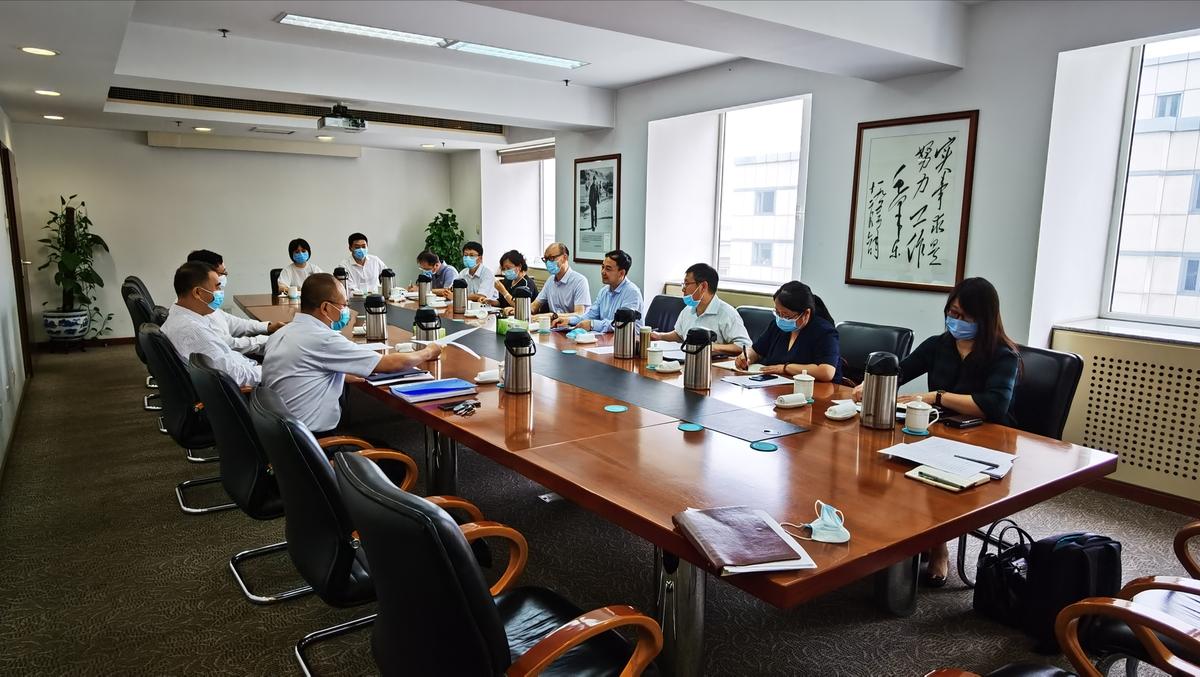 河南省发展改革委党组书记、主任何雄 赴京拜会中国民用航空局副局长董志毅