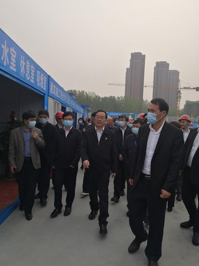 河南省2021年度扬尘污染治理工作暨现场观摩会在驻马店市召开