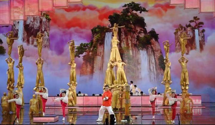 第18次登上央视春晚舞台 塔沟武校表演武术节目《天地英雄》