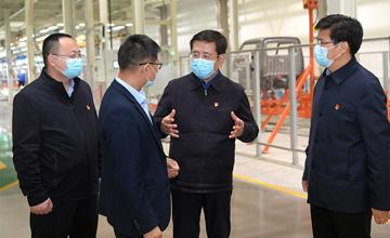 王凯在鹤壁安阳南阳平顶山许昌调研时强调 突出创新引领聚焦做强主业 持续推动制造业高质量发展