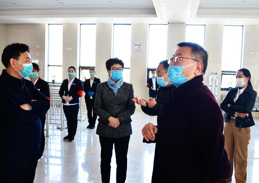 周耀霞带队到宝泉景区督导疫情防控和复工复产工作