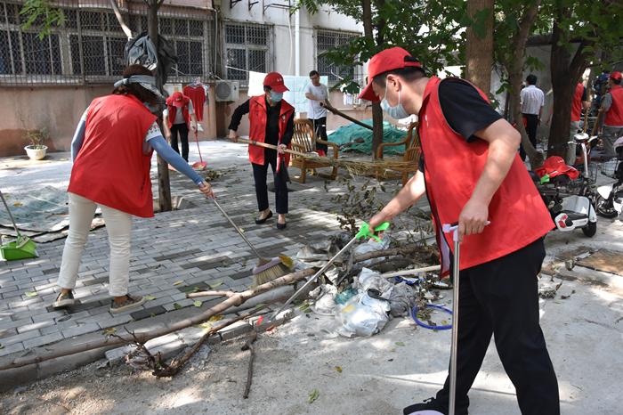 """河南省文物局组织开展""""爱心涌动  情暖绿城""""志愿服务活动"""