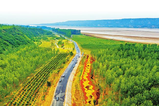 """河南省沿黄林业生态建设再加速 6年创建300个森林特色小镇、1800个森林乡村""""示范村"""""""
